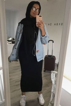 Modern Hijab Fashion, Street Hijab Fashion, Abaya Fashion, Muslim Fashion, Modest Fashion, Fashion Outfits, Hijab Casual, Hijab Chic, Modest Outfits