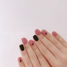 This series deals with many common and very painful conditions, which can spoil the appearance of your nails. SPLIT NAILS What is it about ? Nails are composed of several… Continue Reading → Nails Polish, Gelish Nails, Diy Nails, Minimalist Nails, Nail Swag, Cute Acrylic Nails, Cute Nails, Split Nails, Nagel Gel
