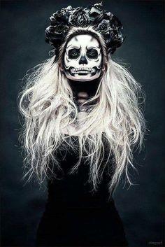 Les coiffures d'halloween les plus terrifiantes que vous pouvez trouver , #coiffures #halloween #pouvez #terrifiantes #trouver