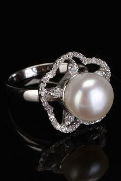 Splendid Pearls 10-10.5mm Pearl & Zirconia Flower Ring In White