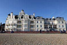 1-2nt Eastbourne Beach Stay & Breakfast for 2 or 4