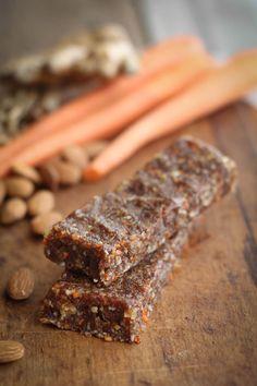 Carrot Cake Raw Bars {Beard and Bonnet} #glutenfree #vegan
