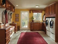 Laundry room cabinets can be used to store detergent, laundry baskets, and folded clothes. To choosing the best laundry room cabinets, here are several tips for you. Dream Laundry Room, Home, Cabinet Design, Modern Patio Furniture, Homecrest Cabinets, House Design, Cabinet Door Styles, Room, Room Design