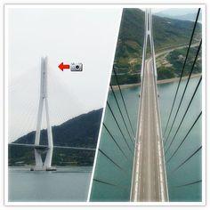 【oz.m.n.y】さんのInstagramをピンしています。 《「橋の上から...」 四国と本州を結ぶしまなみ海道。川ではなく、海にかかるめずらしい橋です。その中にある多々羅大橋。完成当時は世界最大のの斜張橋でした。その多々羅大橋の橋げたに登りました。  海面からの高さは225メートル。高すぎで現実感なかったです。 もちろん普段は登ってはいけない所ですが、しまなみ開通10周年か15周年のイベントの時の写真です。  #japan#일본#Japón#Япония#風景#landscape#풍경#paisaje#пейзаж #旅行#trip#travel#여행#viajes#путешествие#海#sea#Ocean#바다#mar#море#橋#bridge#다리#puente#мост #しまなみ#しまなみ海道#多々羅大橋公園》