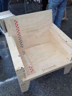 CNC Mill Machine cut furniture. (poderiamos trabalhar com padronagens desenvolvidas pela Plau)