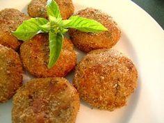 perkedel daging kentang..... heerlijke koekjes