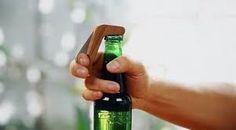 Картинки по запросу abridores de cerveja antigos madeira