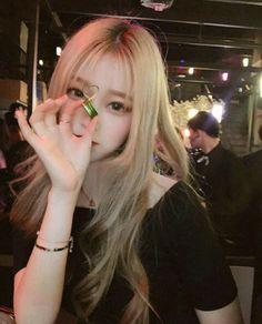 Zapraszam zainteresowanych ❤ #losowo # Losowo # amreading # books # wattpad Ulzzang Korean Girl, Cute Korean Girl, Cute Asian Girls, Cute Girls, Cool Girl, Uzzlang Girl, Anime Angel Girl, Blonde With Pink, Girl Korea