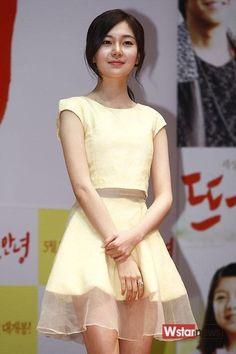 Baek Jin-hee (백진희)