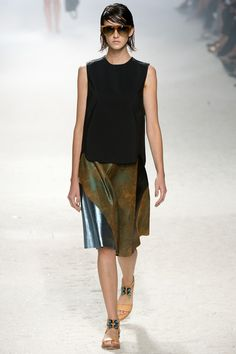 This skirt with its oxidized, metallic-look leather. 3.1 Phillip Lim #3.1philliplim #nyfw #spring2014