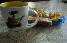 Desayunando con Wall-E