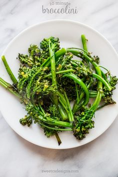 10 minute broccolini- this is the BEST side dish ever- and so quick!