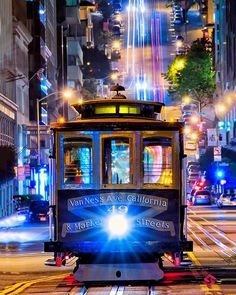 Cable Cars in San Francisco ... #sanfrancisco #usa #california #friends #smile #like4like #family #random #food #nofilter #amazing #beautiful #instagood #photooftheday #travel #instago #student #love #photography #awesome #pictureoftheday #iphone #Сан-Франциско#旧金山 #San-Francisko #ΣανΦρανσίσκο #सनफरससक #サンフランシスコ #샌프란시스코 # سان فرانسيسكو# סן פרנסיסקו by swissknife007