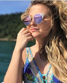 Instagram Da Larissa Manoela, Fotos Da Larissa Manoela, Larissa Manoela  Loira, Água Salgada 7a2ce6d67a