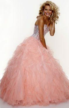 Favorite color,, love the dress!