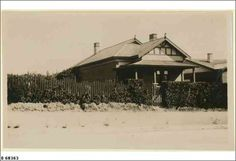 SLSA: B 68363 TITLEHouse at 35 Le Hunte Avenue, Prospect     DESCRIPTIONHouse at 35 Le Hunte Avenue Prospect, was the home of Arthur and Flora Thomas between 1921 and 1966     DATEca.