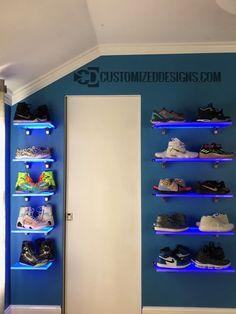 Marina bar ideas Shoe Display Shelves How Can I Motivate My Child? Shoe Boxes On Wall, Shoe Wall, Bedroom Setup, Room Ideas Bedroom, Bedroom Decor, Shoe Display, Display Shelves, Display Wall, Display Ideas