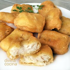 Estos nuggets de pescado rebozados son un recurso estupendo para preparar pescados congelados y económicos. El rebozado con ralladura de limón queda sabroso y crujiente.