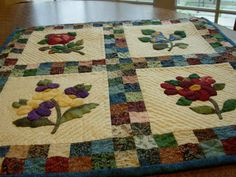 Pursuit of Quilts: Hand Quilting
