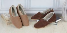 Shearling Slippers, Mens Slippers, Moccasins, Heeled Mules, Espadrilles, Heels, Fashion, Fuzzy Slippers, Penny Loafers
