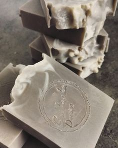 Father´s Day is getting close. This whisky soap is a great gift.  www.instagram.com/solbackadesign