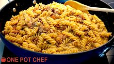 NEW VIDEO: One Pot Cheesy Beef and Bacon Pasta! Watch the full recipe video here: https://youtu.be/d0MwbvV4KM4