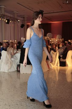 blue dress botone con lrex,tejido.