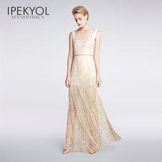 Göz alıcı zarafet Ipekyol Zeynep Tosun Couture koleksiyonunda... #ipekyol #ipekyoldanyazışıltısı #zeyneptosunipekyol #zeyneptosun