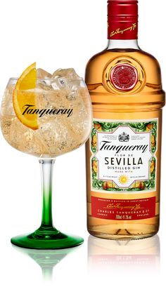 Tanqueray Tanqueray Flor de Sevilla – so lovey and so perfect for summer! Tanqueray Tanqueray Flor de Sevilla – so verliebt und so perfekt für den Sommer! Gin Recipes, Gin Cocktail Recipes, Cocktail Drinks, Alcoholic Drinks Gin, Drink Bar, Bar Drinks, Beverages, Mezcal Cocktails, Gin Brands