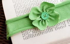 knit clover headband!