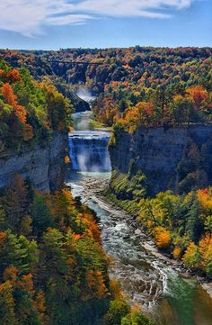 Inspiration Point, Letchworth State Park, New York, United States. Looking up the gorge to Middle Falls in Letchworth State Park Letchworth State Park, Beautiful Waterfalls, Beautiful Landscapes, Vacation Ideas, Vacation Spots, The Places Youll Go, Places To See, State Parks, Parcs