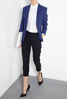 Must try: blue jacket, white top, black pants.