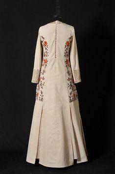 Pearl White Princess Cut Dress With Skirt Pakistani Bridal Dresses, Pakistani Dress Design, Dress Neck Designs, Blouse Designs, Embroidery Suits Design, Kurta Designs Women, Kurti Designs Party Wear, Dress Indian Style, Dress Cuts
