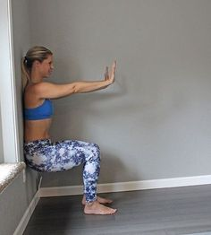 Diastasis recti occurs when your abdominal wall begins to separate during pregnancy. Try these yoga poses to aid in diastasis recti recovery.