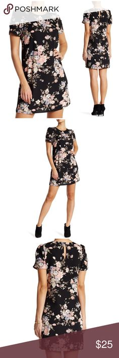 "NWT Soprano Floral Dress Soprano Floral Short Sleeve Dress Details - Crew neck - Short sleeves - Back keyhole detail - Button closure - Fully lined - Approx. 35"" length - 100% polyester Soprano Dresses Mini"