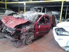 Clio Sport 2.0 16V Ares Çıkma Parça