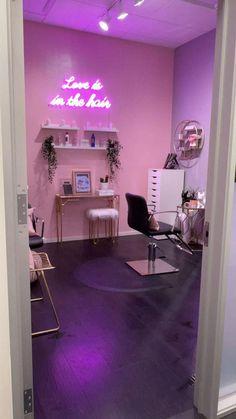 Home Beauty Salon, Home Hair Salons, Beauty Salon Decor, Beauty Salon Interior, Salon Interior Design, Beauty Studio, Nail Salon Design, Nail Salon Decor, Pink Nail Salon