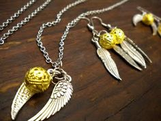 golden snitch neckless ... DIY