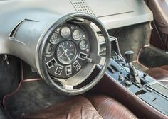 The Boomerang has a custom interior and a clever steering wheel arrangement that encompassed the gauges and switchgear in a circular dashboard straight in front of the driver
