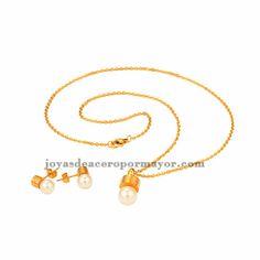juego de joyas de perla en oro dorado para mujer SSNEG47978
