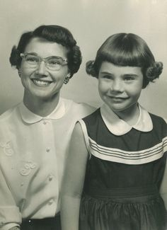 Picture of Laura Bush, a native Texan,  and her mother.