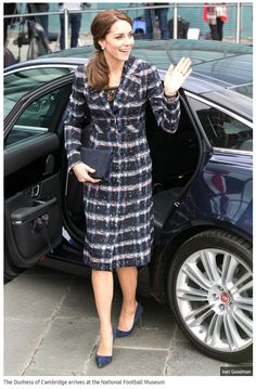 0-the-duchess-of-cambridge-arrives-at-the-national-football-museum