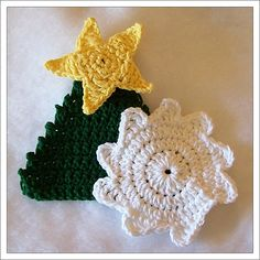 Ravelry: Snowflake & Christmas Tree Scrubbies pattern by Pam Daley