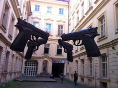 """Guns"" 