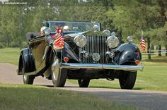 Photographs of the 1929 Rolls-Royce Phantom II. All Weather Convertible. Rolls Royce Phantom, Exterior Colors, Convertible, Antique Cars, Vintage Cars, Infinity Dress, Exterior Paint Colors