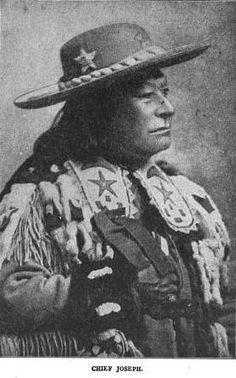 Hin-mah-too-yah-lat-kekt or Chief Joseph, Nez Perce, Idaho Native American Dress, Native American Photos, American Indian Art, Native American Tribes, Native American Beading, Native American History, Indigenous Art, Native Indian, First Nations