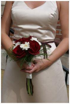 Wedding flowers photo by http://www.paulretherford.com