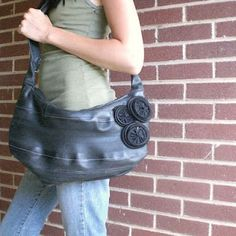 radicalmontreal: Re-Purpose It! Tire Craft, Balenciaga City Bag, Repurposed, Tube, Shoulder Bag, Crafts, Bags, Craft Ideas, Plastic