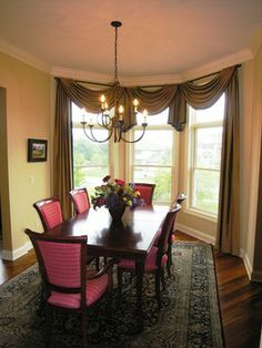 Dining Room With Bay Window Ideas | Interior Designers U0026 Decorators