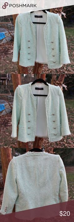 ✨FLASH SALE✨Zara Tweed Mint Green Blazer Jacket 42% Cotton, 33% Polyester, 25% Acrylic, fully lined, 3/4 length sleeves, thin shoulder pads, beautiful detailing, buttons on either side, fake ruffled pockets & frayed edges, worn twice, in great condition Zara Jackets & Coats